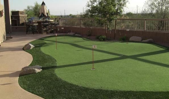 Backyard Putting Green | Phoenix Landscaping Design & Pool ...